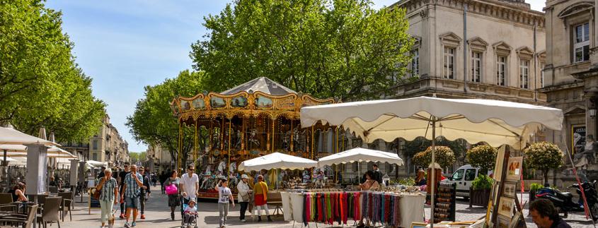 Centre ville Avignon, place de l'horloge