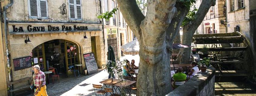 Rue des teinturiers, centre historique avignon