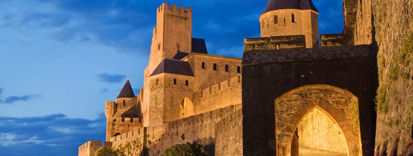 Cité médiévale de nuit carcassonne