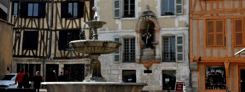Place Saint Nicolas Auxerre