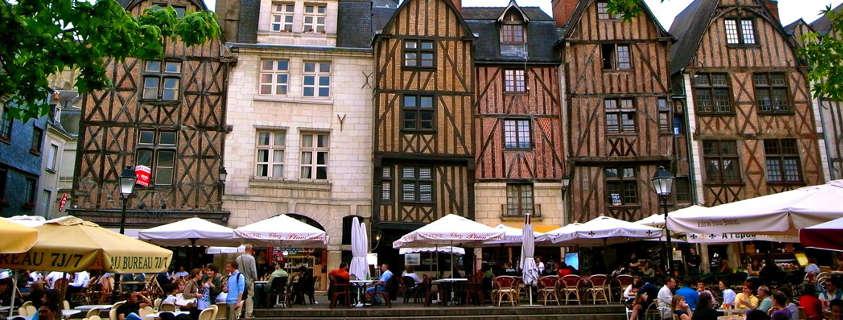 Place Plumereau Tours, centre ville historique Tours