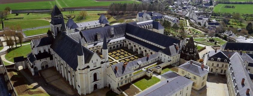 Vue sur l'Abbaye de Fontevraud