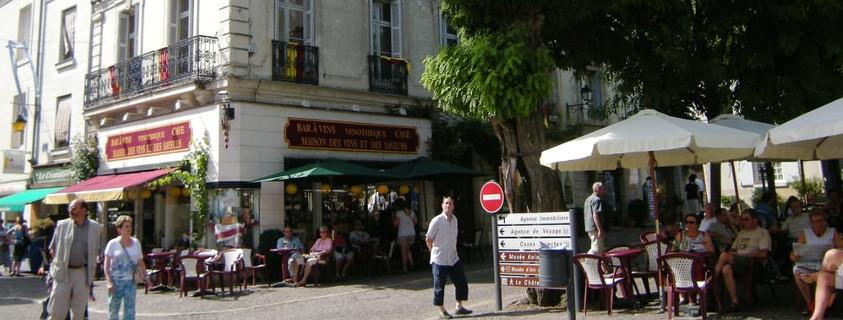 Place du général de Gaulle Chinon, centre ville Chinon
