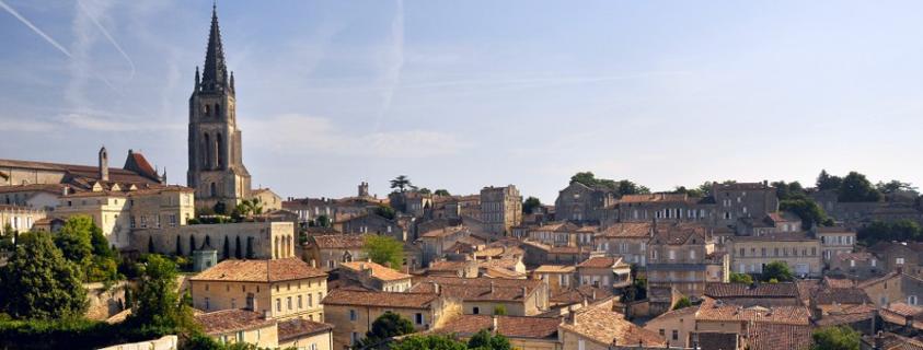 Vue sur Saint Emilion, st emilion france, village saint emilion, visite saint emilion