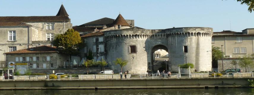 cognac monuments, cognac tours, cognac towers and gates, cognac history