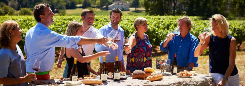 Château de Chamirey mercurey, visite domaine mercurey, dégustation mercurey, Pique-nique dans le vignoble de Mercurey, Pique-nique au chateau de chamirey