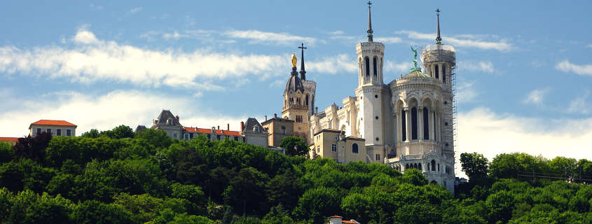 View on Fourviere's basilica, basilica of fourviere, fourviere baslica, lyon beautiful view, lyon monuments, lyon buildings, lyon things to do