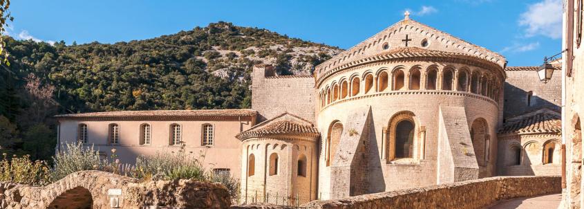 Saint-Guilhem-le-Désert, visiter Saint-Guilhem-le-Désert , Abbaye de Gellone, Abbaye de Gellone Saint-Guilhem-le-Désert , plus beaux villages de france
