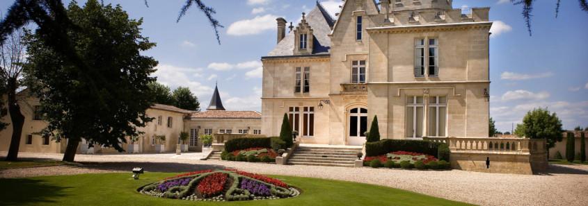 Château Pape Clément, Château Pape Clément pessac, visite Château Pape Clément, bernard magrez, visite chateau pessac, grand cru classé pessac, dégustation chateau pessac