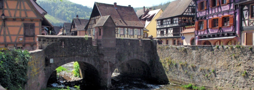Pont fortifié, Kaysersberg, pont de Kaysersberg, visiter Kaysersberg, Alsace, Route des vins d'Alsace