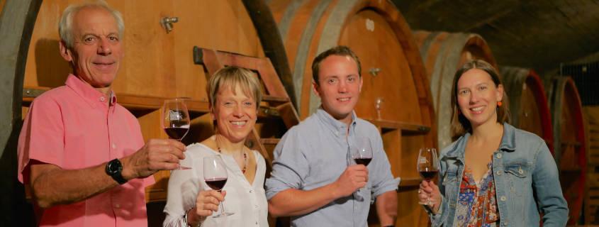 domaine les roches bleues, beaujolais, vin, famille, vigneron