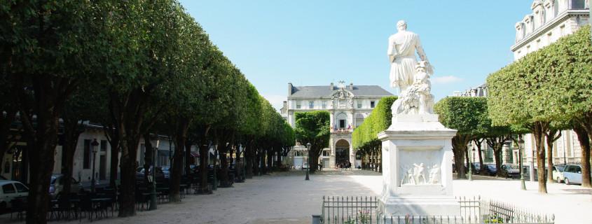 La Place Royale de Pau